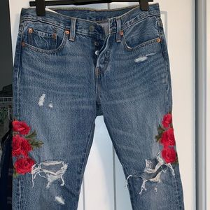 Embroidered Levi Jeans